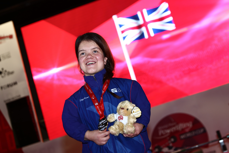 World Cup Day 1: Medals for Newson, Alderman and Broome